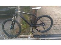 ** NEED GONE ASAP ** CARBON MOUNTAIN BIKE