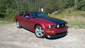 2006 Ford Mustang GT **CONVERTABLE**