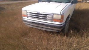 1993 ford explorer. Its not bc ts in lethbridge alberta. & Ford Explorer   Buy or Sell New Used and Salvaged Cars u0026 Trucks ... markmcfarlin.com