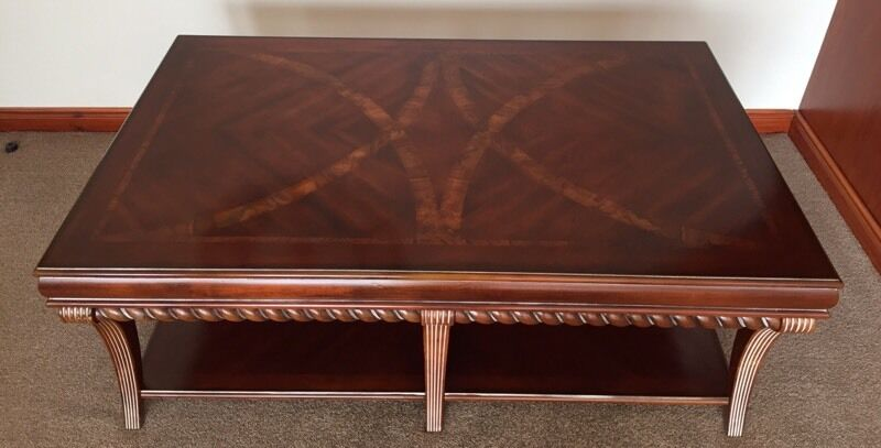 Coffee Table From Buicks Of Montrose Immaculate Condition