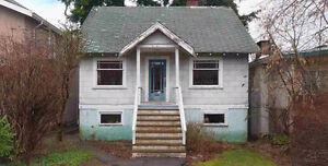 YOUR OLD HOUSE! I'm a cash buyer looking for a run down house!