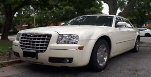 2005 Chrysler 300-Series Sedan Only 80K