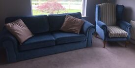 Excellent large (used for only 12 months) 3 piece sofa with MAT.