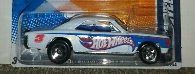 2011 Hot Wheels HW RACING #151 * '67 CHEVELLE SS 396 * HW RACE TEAM WHITE 1967