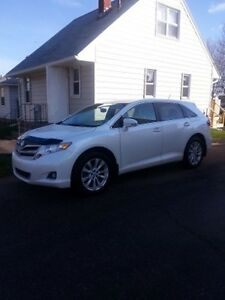 2013 Toyota Venza 4 cylinder SUV, Crossover **REDUCED**