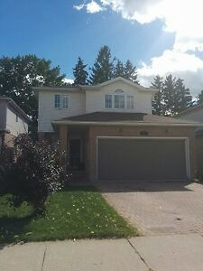 Amazing 3 Bedrooms with double garage house in Kitchener