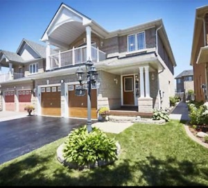 4+1 Bedroom 4bath Detached house fin. basement/Ajax/rent/Oct.