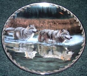Alternate routes collector Wolf plate from the Bradford Exchange