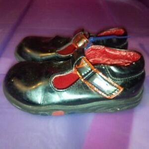 Infant Girls Size 6 Shoes St. John's Newfoundland image 3