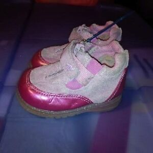 Infant Girls Size 4 Shoes