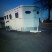 2001 Bison horse trailer for sale