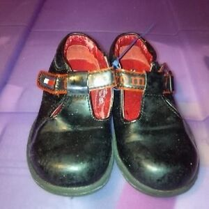 Infant Girls Size 6 Shoes St. John's Newfoundland image 4