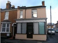 STUDENT HOUSE AVAILABLE IN LEAMINGTON SPA, CLOSE TO UNI BUS STOP, SAINSBURY LOCAL AND TRAIN STATION
