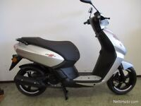 Peugeot Kisbee RS scooter 2017, 800 miles, Gillingham