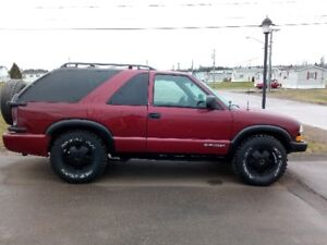 1999 Chevrolet Blazer Coupe (2 door)