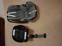 Maxi Cosi car seat and Cabriofix base.