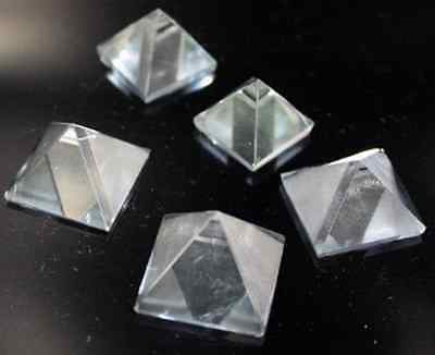 Bergkristall Pyramide Groß 14 mm Edelstein Energie
