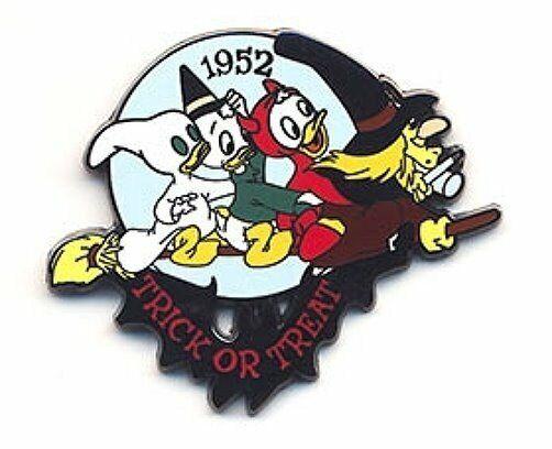 LE Disney pin Cartoon Short Trick or Treat Witch Hazel Donald Nephews Huey Dewey