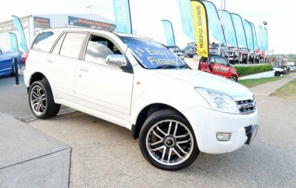 2010 Great Wall X240 CC6460KY White 5 Speed Manual Wagon Woodridge Logan Area Preview