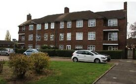 Fully Furnished spacious and well maintained 2nd floor flat in Hainault.