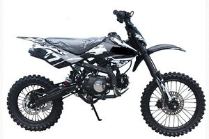 """125cc Deluxe Dirt / Pit Bike with Extra Large 17"""" Wheel"""