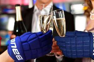 DEC. 31 - NEW YEAR'S EVE - OILERS VS CANUCKS - 8pm