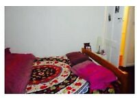 Double bedroom in a Flatshare for a single