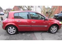 low mileage cheap runner with mot, great little running 04 renault megane