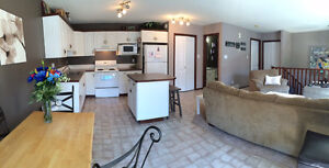 Cute 2 Bedroom Condo. Great location! - Avail Aug 15th!!