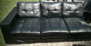 Sectional Sofa : Free