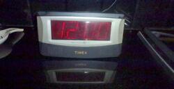 Timex Message Mate T151A-B Messaging Digital Rare Travel Alarm Clock Recorder