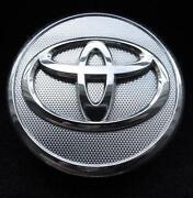 Toyota Sienna Center Caps