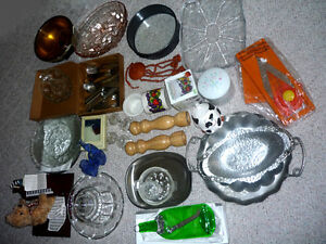 Kitchen Items    Crystal, Mills, Mandolin, Trays, Pans ...MORE