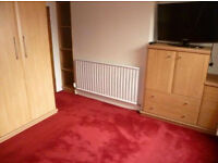 To rent in Castleford