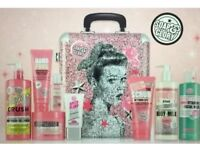 Soap & Glory Whole Glam Lot Case & Contents New & Unused