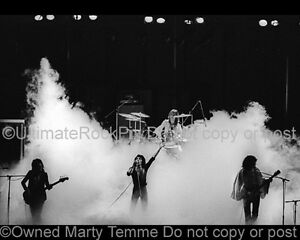 Queen-Photo-Freddie-Mercury-Roger-Taylor-Brian-May-John-Deacon-1975-Marty-Temme2