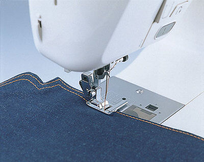 Brother SA160 Sewing Machine Stitch Guide Foot New
