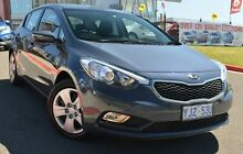 2013 Kia Cerato YD MY14 S Blue 6 Speed Sports Automatic Hatchback Pearce Woden Valley Preview