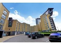 AVAILABLE 4th SEPTEMBER SUPERB CANARY WHARF LOCATION GATED 3 BED 2 BATH RIVERSIDE E14 CALL TODAY