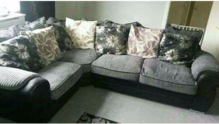 Corner sofa good condition £200 ono