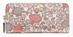 Coach - Brand new Floral Printed Wallet