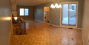 Two bedroom condo at downtown Montreal near Concordia McGill