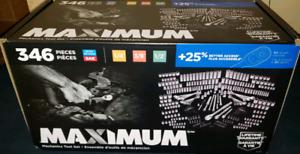 Brand new in box Mastercraft Maximum Mechanic's ratchet set