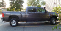 Senior to sell his lovely 2010 Chevy 4x4 kept in excellent shape