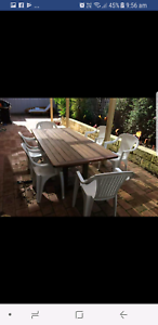 Outdoor Timber Dining Table - excellent condition Scarborough Stirling Area Preview
