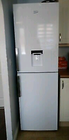 White Samsung Water dispenser fridge freezer frost free