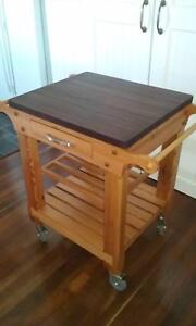 Mobile kitchen bench