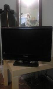 """17"""" philips tv/monitor"""