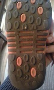girl Bopy shoes size 22 (6-6.5 US size) Kingston Kingston Area image 2