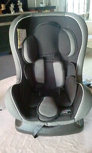 Car seats x 2 Gladstone Park Hume Area Preview